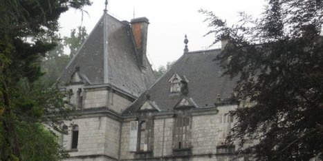 Le château Harispe de Lacarre adjugé 200 001 euros | L'observateur du patrimoine | Scoop.it