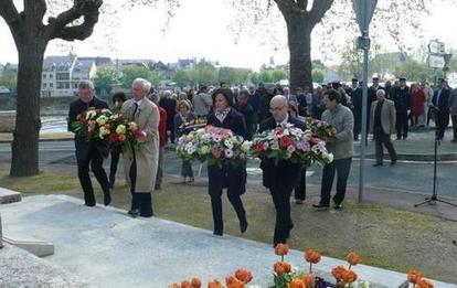 Vienne - Châtellerault - Commémoration Déportation : le souvenir entretenu | Chatellerault, secouez-moi, secouez-moi! | Scoop.it