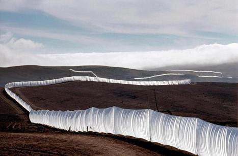 'Running Fence' by Christo and Jeanne-Claude | Art Installations, Sculpture, Contemporary Art | Scoop.it