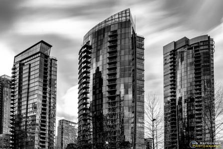 Fuji X-Pro2 Review Part Three: Vancouver Cityscapes, Long Exposures, and Street Photography   Ian MacDonald   Fuji X-Pro2   Scoop.it