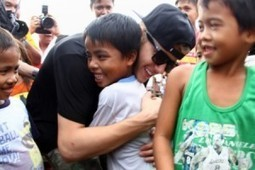 Filipino Typhoon Haiyan Victims Get a Surprise Visit from Justin Bieber - ExploreTalent.com | Jobs, Tips and Updates for Actors, Acting, Modeling, Singing and Dancing | Exploring Talent | Scoop.it