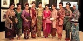 Kebaya Pengantin Jakarta | Desainer dan Penjahit Kebaya Tradisional Modern: Baju Kebaya Untuk Usia 40 Tahun Ke Atas | Kebaya Pengantin Jakarta | Scoop.it