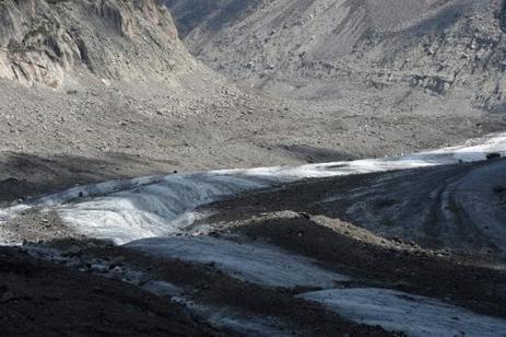 Mont-Blanc : la Mer de Glace a perdu plus de 3 m d'épaisseur en un ... - Le Parisien   Sciences de la Terre.   Scoop.it