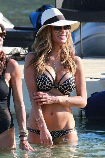 Photos : Oops sexy de Nicole Scherzinger à Mykonos | Radio Planète-Eléa | Scoop.it