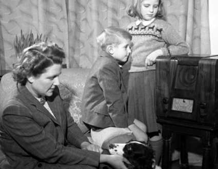 'Praise The Lord and Pass the Ammunition': Patriotic Songs of WWII | Retro Life | Scoop.it