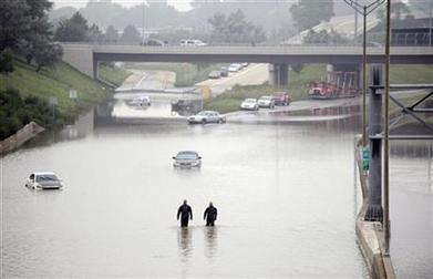 Body of 100-year-old woman found in flooded basement, one of 2 deaths blamed on heavy rains in Detroit area | Alternative-News.tk | ALTERNATIVE-NEWS | Scoop.it