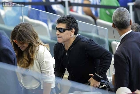 World Cup 2014: Maradona responds to Argentina football chief with 'middle finger' | quicknews | Scoop.it