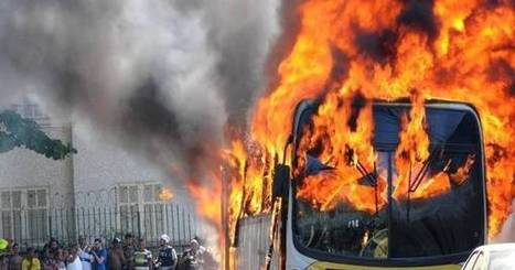 Sobe para 31 número de ônibus queimados em protestos no Rio em 2014 ... - R7 | Copa Mundial 2014 | Scoop.it