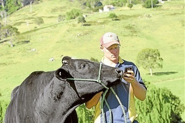 Taking to social media to promote dairy | International Dairy Market Insights | Scoop.it