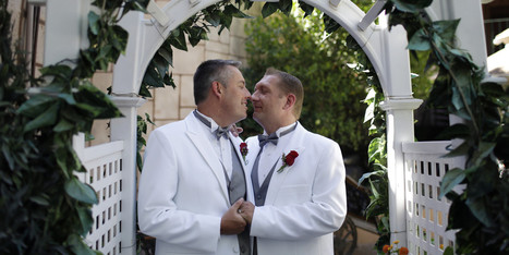 Las Vegas Aims For Gay Tourists Even If Same-Sex Marriage Is Not In The Cards - Huffington Post | Weddings | Scoop.it