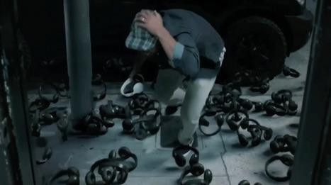 Un cataclysme provoque une pluie de casques audio qui s'abattent sur des vedettes du skate | Tendances publicitaires et marketing | Scoop.it
