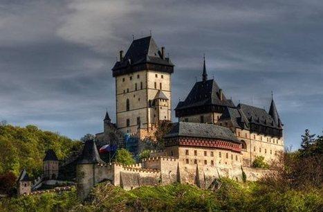 Czech Republic - Karlštejn Castle | Photographers and Photographs | Scoop.it