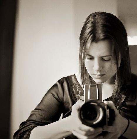 Shooting Film: Black and White Hasselblad Girls   L'actualité de l'argentique   Scoop.it