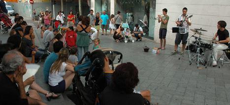 Un jove grup de música al carrer distreu l'agost dels sabadellencs ... | Actualitat Musica | Scoop.it