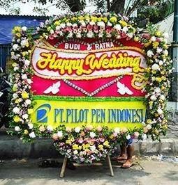 Kirim Bunga Papan Pernikahan ke Gedung Sucofindo | Ucapan Bunga Papan | Scoop.it