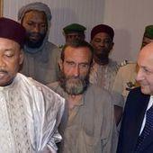 A leur arrivée, Hollande salue le courage des otages après trois ans d'épreuves   UNICEF Mali daily (31 octobre 2013)   Scoop.it
