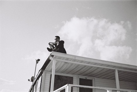Dior Tweets Stylish Image of Robert Pattinson's First Dior Home Ad | 'Cosmopolis' - 'Maps to the Stars' | Scoop.it