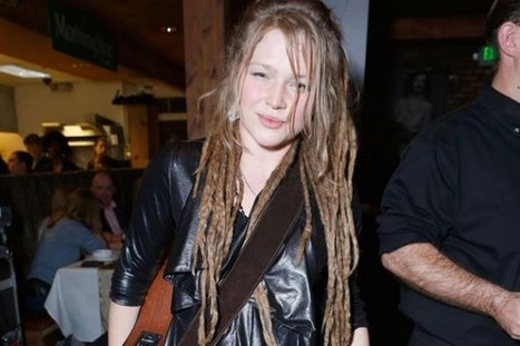 Crystal Bowersox Comes Out as Bisexual | Country Music Today | Scoop.it