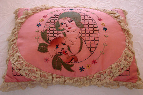 1920s Antique Pink Hand Crocheted Accent Pillow (Flapper, Dog) | Jewelry | Scoop.it