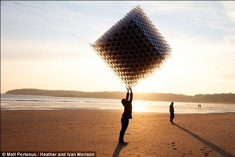 Flying through the air with the greatest of ease: The sculpture-cum-kite built using the latest 3D printing technology   3d printers and 3d scanners   Scoop.it