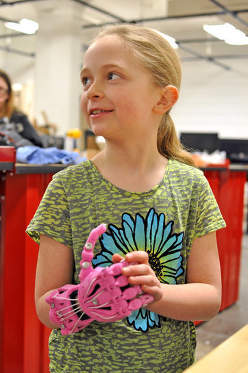 3-D Printing Prosthetic Hands That Are Anything but Ordinary | Science Reading for ELA | Scoop.it