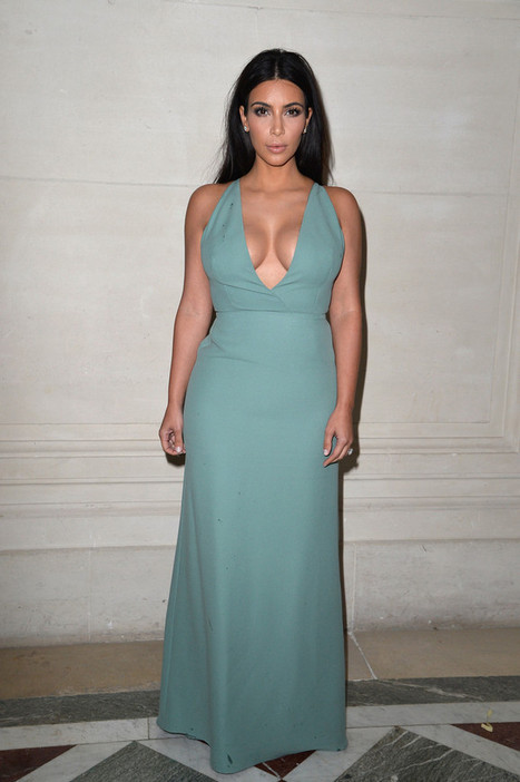 Kim Kardashian Wear Valentino Dress at Valentino Couture Fashion Show | Latest Fashion Trends Updates | Scoop.it