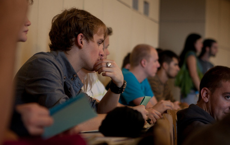 How to Trick Your Mind into Paying Attention in Class - HackCollege   LEARNING   Scoop.it