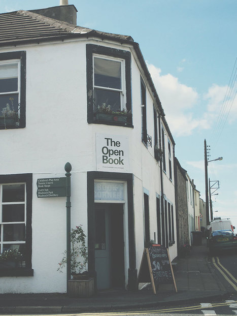 Travellers Staying At This Place In Scotland Take Turns Running The Bookshop Downstairs | Libraries, Books, and Writing | Scoop.it
