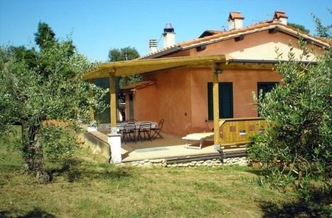 Lucca Villas 2 bedroom Tuscan accommodation Tuscany Italy   Farmhouse accommodation in Lucca Tuscany   Scoop.it