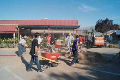 Volunteers make a difference at schools - Milpitas Post | Global examples of corporate volunteering & workplace giving | Scoop.it