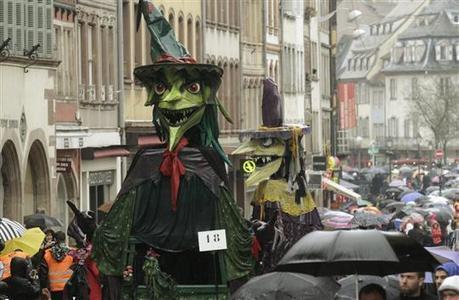 Carnaval La Grande Cavalcade de Strasbourg perturbée par la pluie - L'Alsace.fr | Actualités d'Alsace | Scoop.it