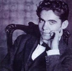 """Acabamos de matar a Federico García Lorca. Yo le metí dos tiros en el culo por maricón""   Arte, Literatura, Música, Cine, Historia...   Scoop.it"