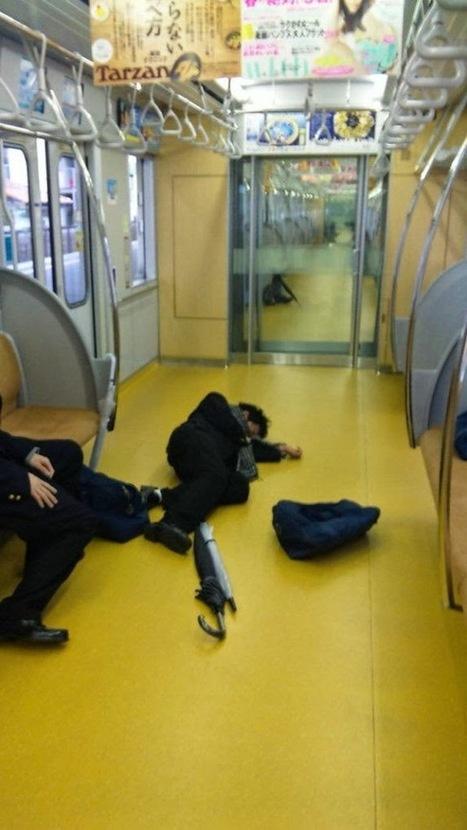 Kelakuan Aneh Orang Jepang di Kereta | Otak Jepang | OtakJepang | Scoop.it