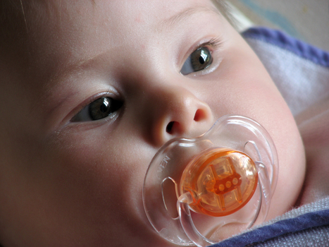 El chupete tiene efecto analgésico pero reduce la lactancia materna   Pediatria   Scoop.it