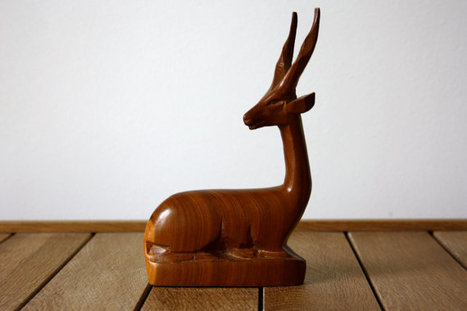 Vintage wooden deer | Vintage living | Scoop.it