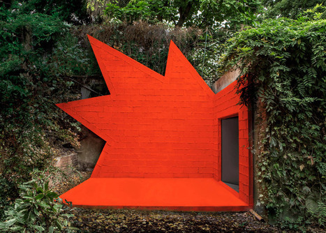 "Didier Faustino adds ""explosive architectural installation"" to André Bloc's 1950s villa 