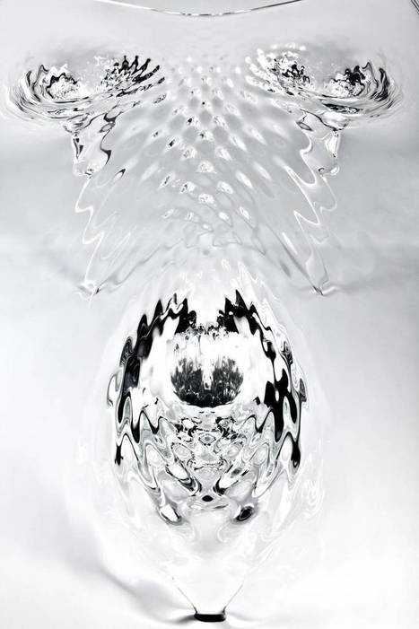 9 Creative Tables That You'll Never Believe Aren't Pure Magic | Strange days indeed... | Scoop.it