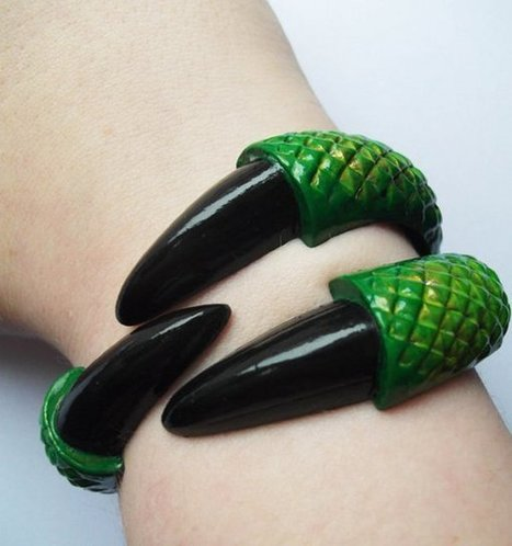 Dragon Claw Bracelet, A Game of Claws | All Geeks | Scoop.it