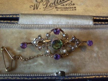 Suffering Suffrage Jewelry | Antiques & Vintage Collectibles | Scoop.it