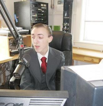 MA: Digital-age teens bring 'golden days' of radio back to airwaves in Provincetown | WickedLocal.com | Digital Media Literacy + Cyber Arts + Performance Centers Connected to Fiber Networks | Scoop.it