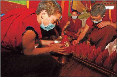 Le quotidien des jeunes moines tibétains   les moines tibetains   Scoop.it