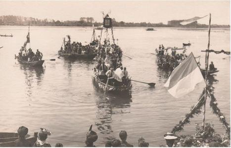 4 juin 1944 : passage de Notre-Dame de Boulogne sur la Loire, entre Ancenis et Mauves - [Archives diocésaines de Nantes] | Histoire 2 guerres | Scoop.it