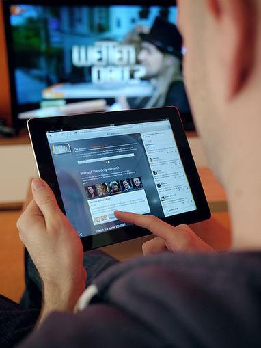 How 2nd Screen Apps killed off Television Advertising - Social Media TV | Social media | Scoop.it