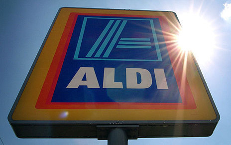 A third of the nation heads to Aldi as shoppers turn their backs on the 'Big Four' | Food History & New Markets | Scoop.it