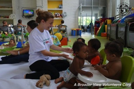 "Review Colleen W. Voluteer in Cartagena, Colombia Woman and children support | ""#Volunteer Abroad Information: Volunteering, Airlines, Countries, Pictures, Cultures"" 
