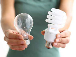 Could compact fluorescent bulbs pose skin cancer risk? - NewsChannel5.com   Your Healthcare   Scoop.it