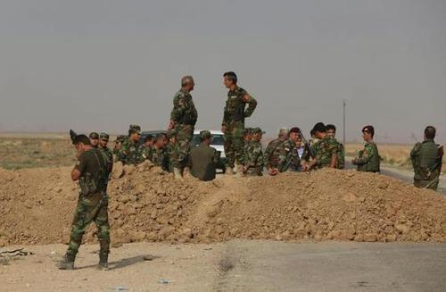 #ALERT Iraqi Kurds fight Islamic State with aged weapons - [Contact Congress to remedy this]