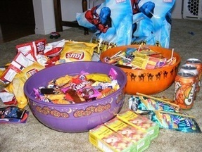 Restricting How Much Halloween Candy Kids Eat | Halloween Ideas, Props, Recipes, Costumes, and Other Ghoulishly Wonderful Stuff. | Scoop.it