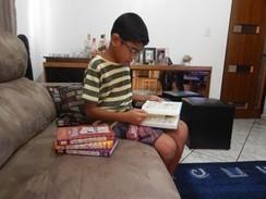 Pais incentivam paixão dos filhos pela leitura: 'Livraria é parada obrigatória' - Globo.com | Incentivo à Leitura em Bibliotecas Escolares | Scoop.it
