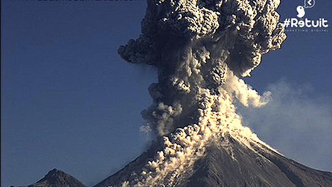 Astonishing eruption of Mexico's Colima volcano captured on webcam   What about? What's up? Qué pasa?   Scoop.it